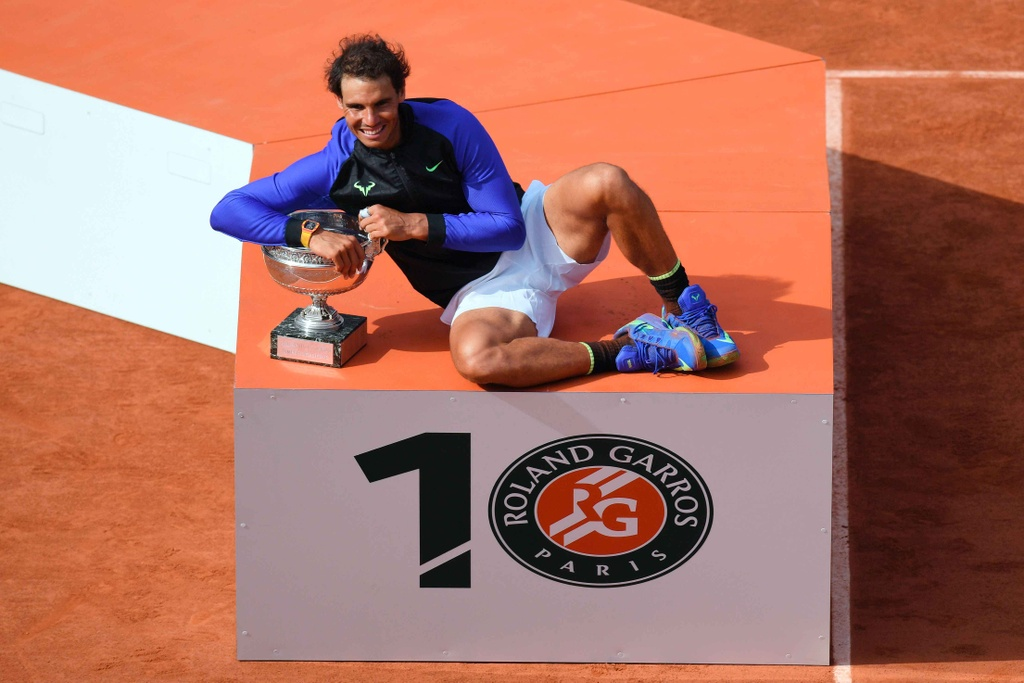 Nadal rom nuoc mat khi hoan tat giac mo La Decima hinh anh 11