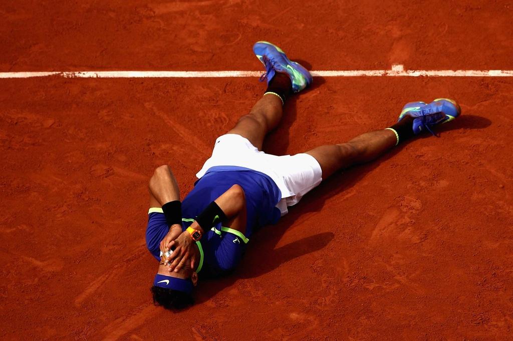Nadal rom nuoc mat khi hoan tat giac mo La Decima hinh anh 2
