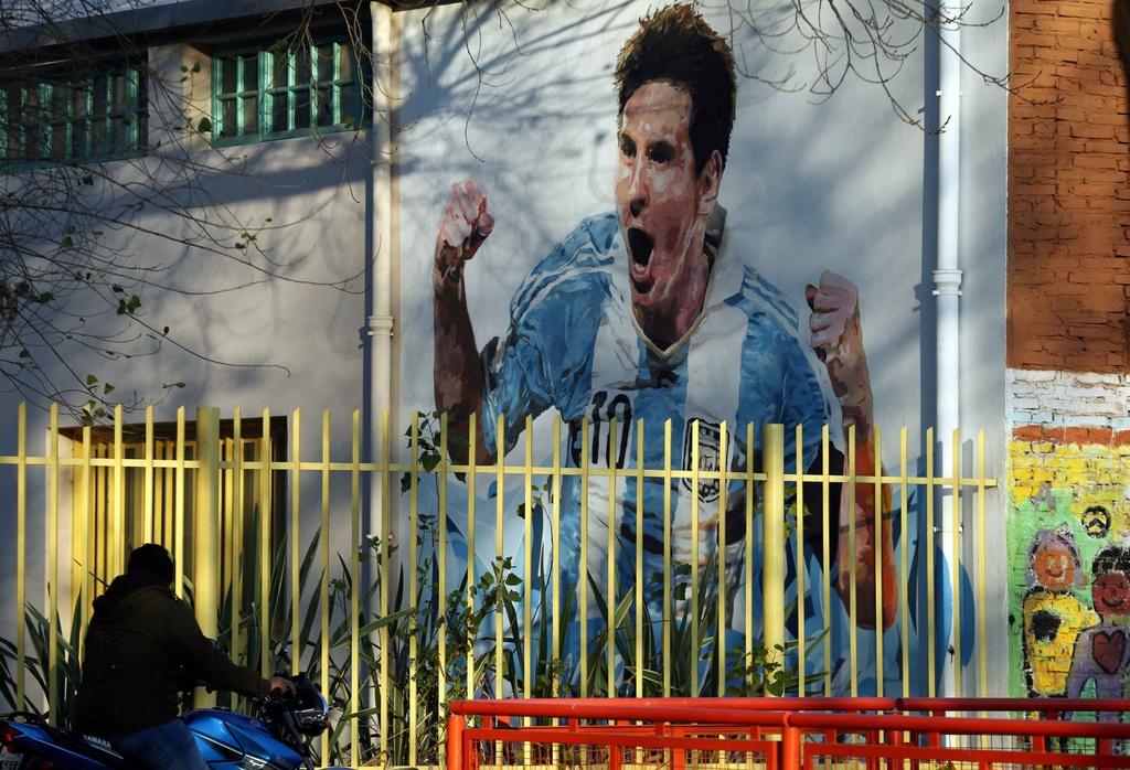 Thanh pho Rosario trang hoang don le cuoi cua Messi hinh anh 5