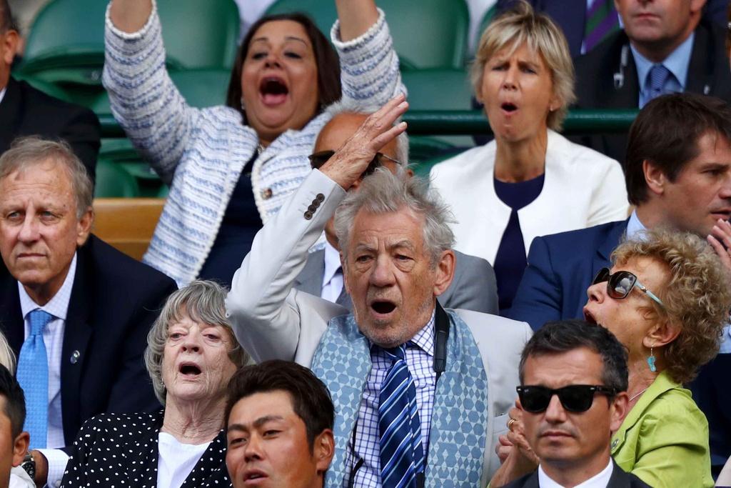 Murray chia tay Wimbledon anh 4