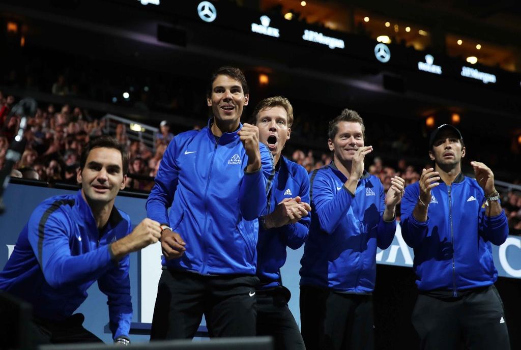 Federer, Nadal thang nhoc nhan trong lan dau danh cap hinh anh 11