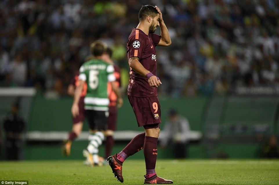 Barca danh bai doi bong cu cua Ronaldo nho ban phan luoi hinh anh 4