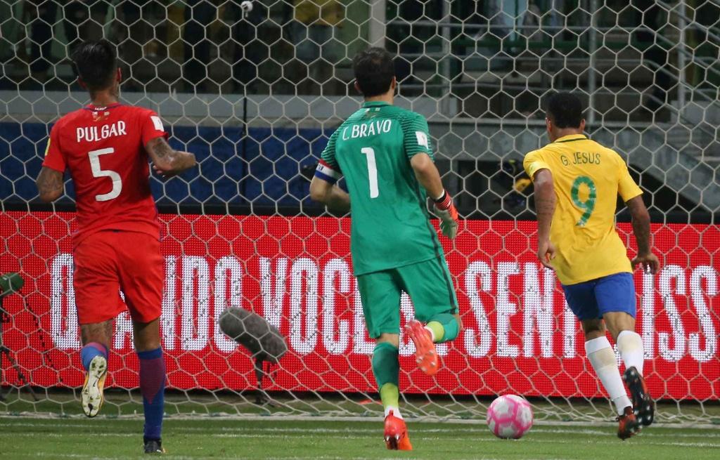 Thua dam Brazil, duong kim vo dich Nam My mat ve du World Cup hinh anh 6