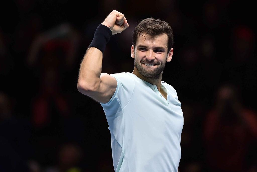 'Tieu Federer' guc xuong hanh phuc mung danh hieu lon nhat su nghiep hinh anh 4