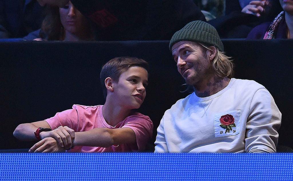 'Tieu Federer' guc xuong hanh phuc mung danh hieu lon nhat su nghiep hinh anh 2