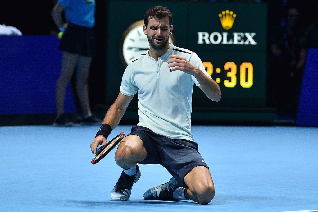 'Tieu Federer' guc xuong hanh phuc mung danh hieu lon nhat su nghiep hinh anh 10