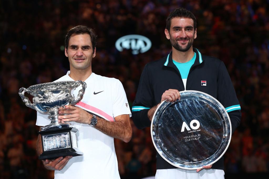 Federer dam nuoc mat tren buc nhan Grand Slam thu 20 hinh anh 2