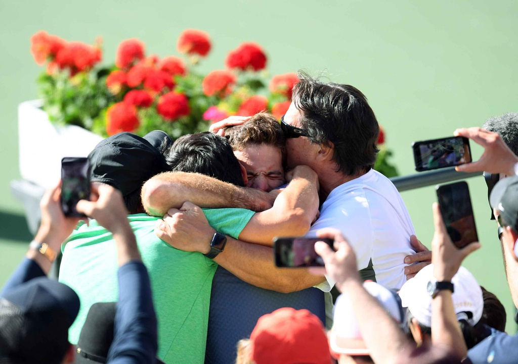 Bo lo 3 co hoi vo dich, Federer vuot danh hieu Indian Wells hinh anh 10