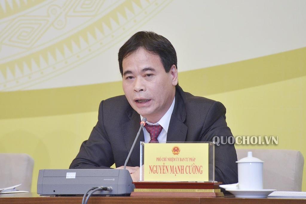Nguyen Pho chanh toa Toi cao: Phai khoi to vu dam o trong thang may hinh anh 3