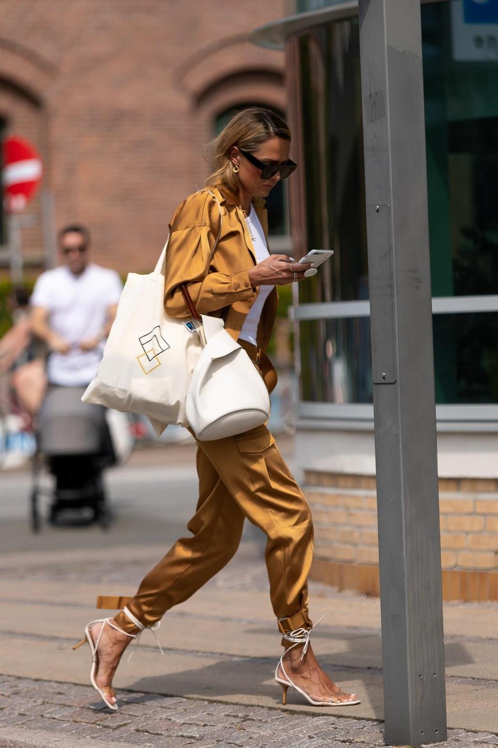 Nhung bo do street style dep nhat Tuan le thoi trang Copenhagen hinh anh 7