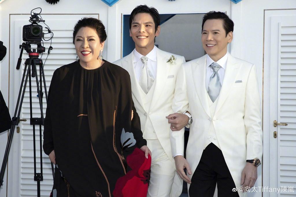 De che cua trum Huong Hoa Cuong lieu con thao tung showbiz Hong Kong? hinh anh 1