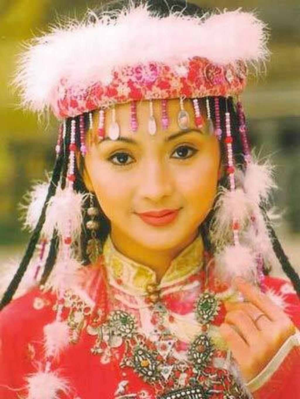 'Ham Huong' Luu Dan - giai nhan doan menh va bi kich cua gia toc hinh anh 3 112120H25046.png