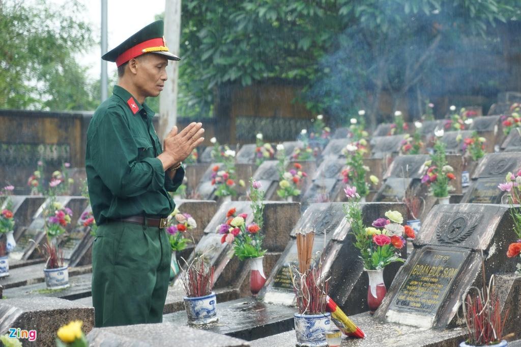 nghin cuu binh Vi Xuyen hanh quan anh 2