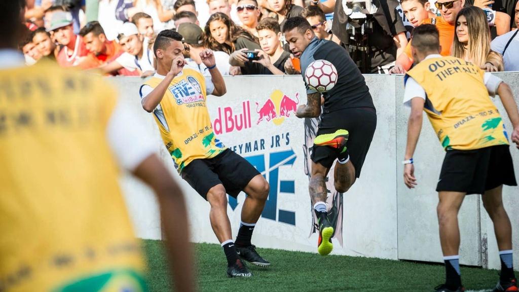 Nhung dieu thu vi co the ban chua biet ve Neymar hinh anh 8