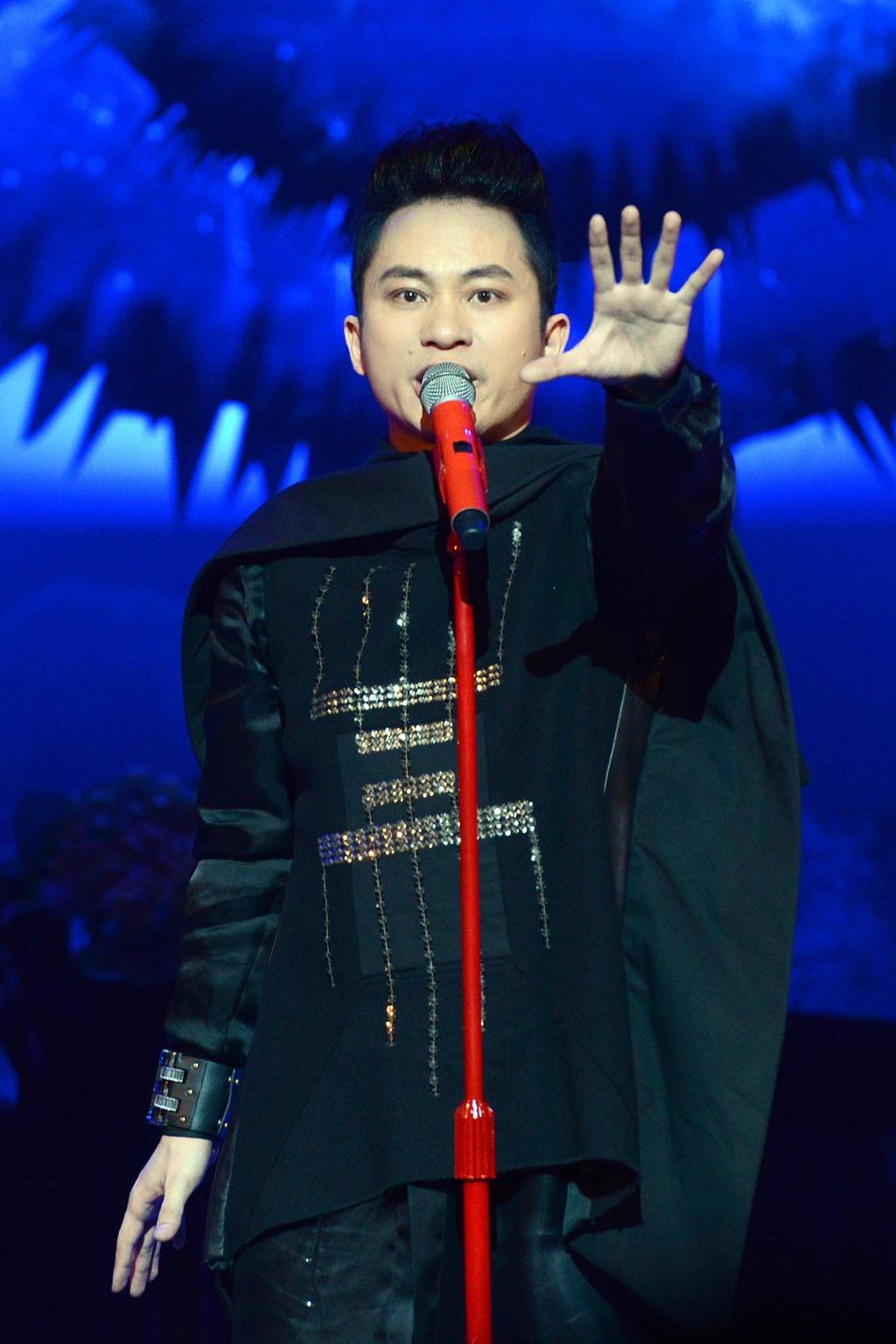 Tung Duong hat ca khuc moi tang con trai dau long hinh anh 7