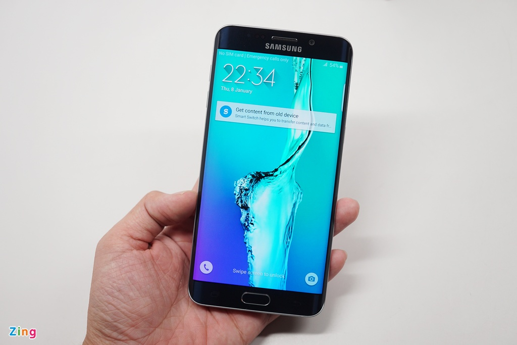 Mo hop Galaxy S6 edge+ chinh hang vua len ke o VN hinh anh 3