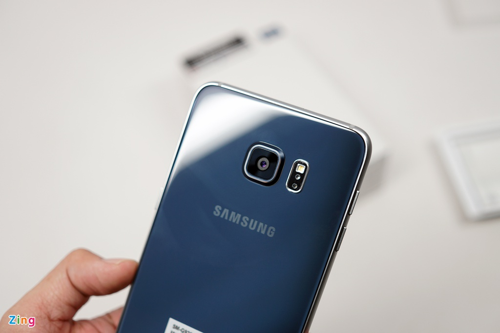 Mo hop Galaxy S6 edge+ chinh hang vua len ke o VN hinh anh 8