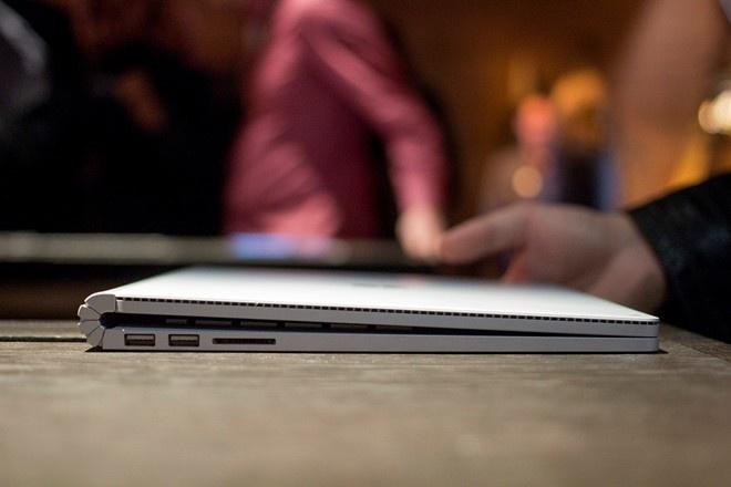Chon Surface Book hay MacBook Pro 2015? hinh anh 3