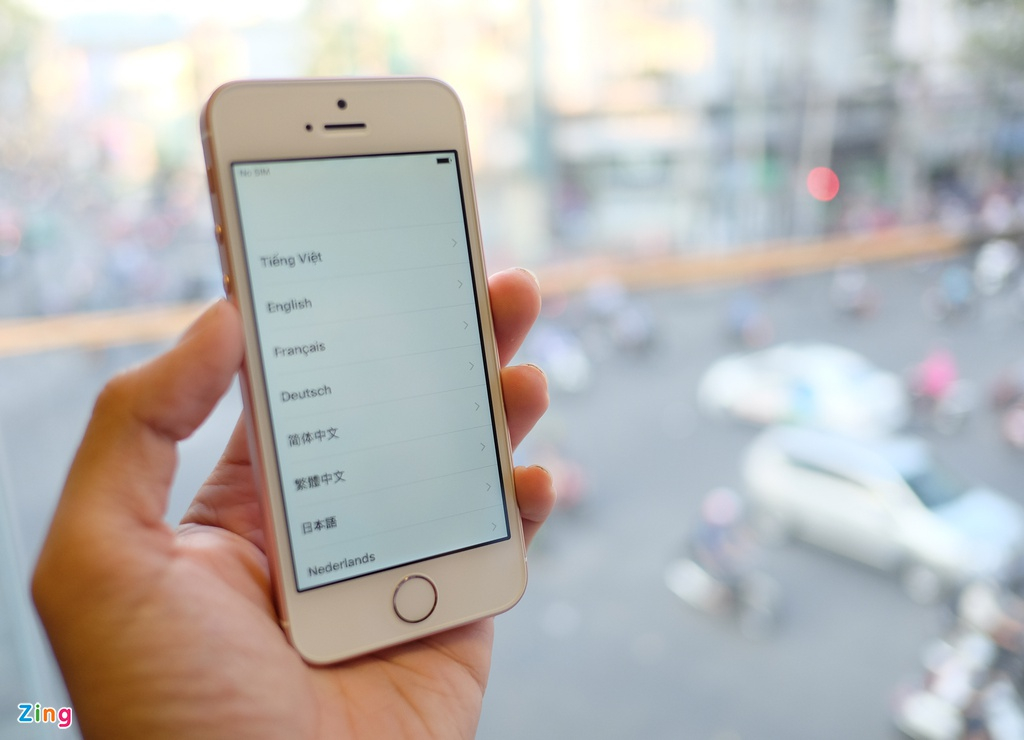 Dap hop iPhone SE dau tien ve Viet Nam hinh anh 15