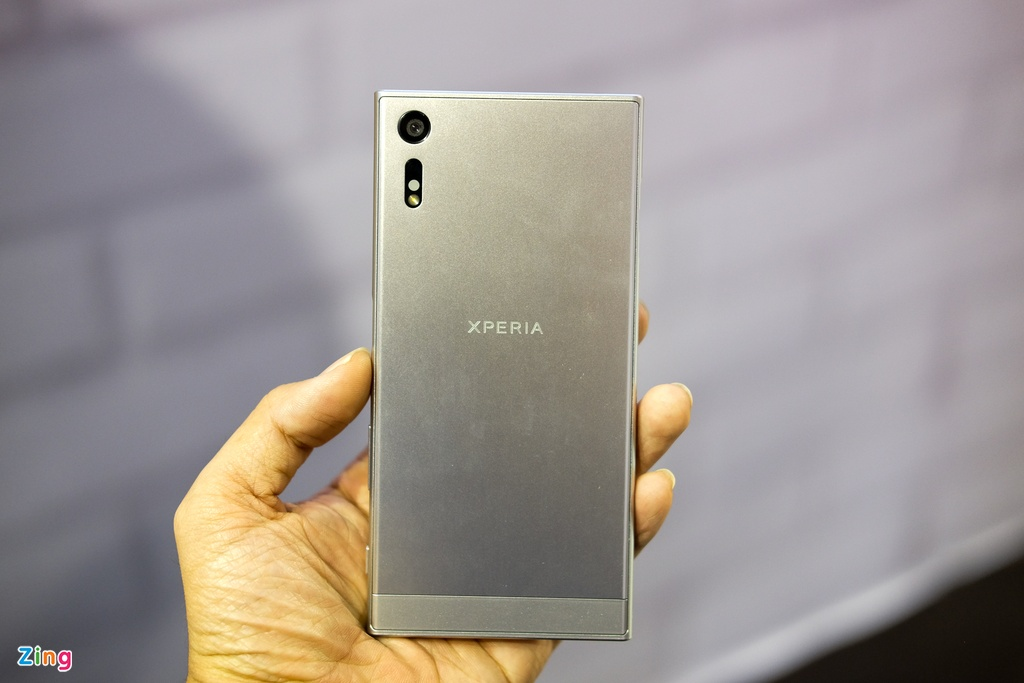 Anh Sony Xperia XZ gia 14,9 trieu dong tai Viet Nam hinh anh 2