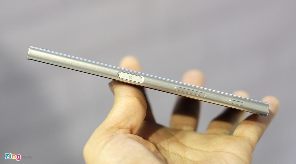 Anh Sony Xperia XZ gia 14,9 trieu dong tai Viet Nam hinh anh 4