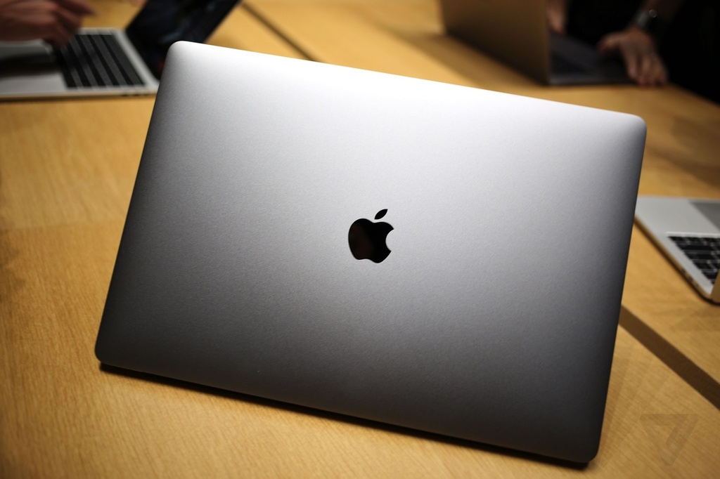 Anh MacBook Pro 2016 anh 2