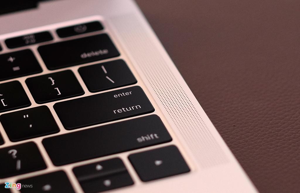 mo hop MacBook Pro 2016 anh 11