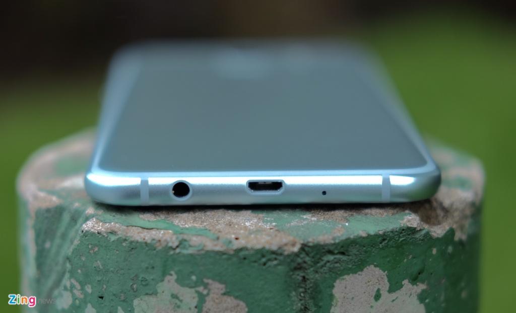 Galaxy A8 2016 xanh ngoc xach tay ve VN, gia 9 trieu dong hinh anh 3