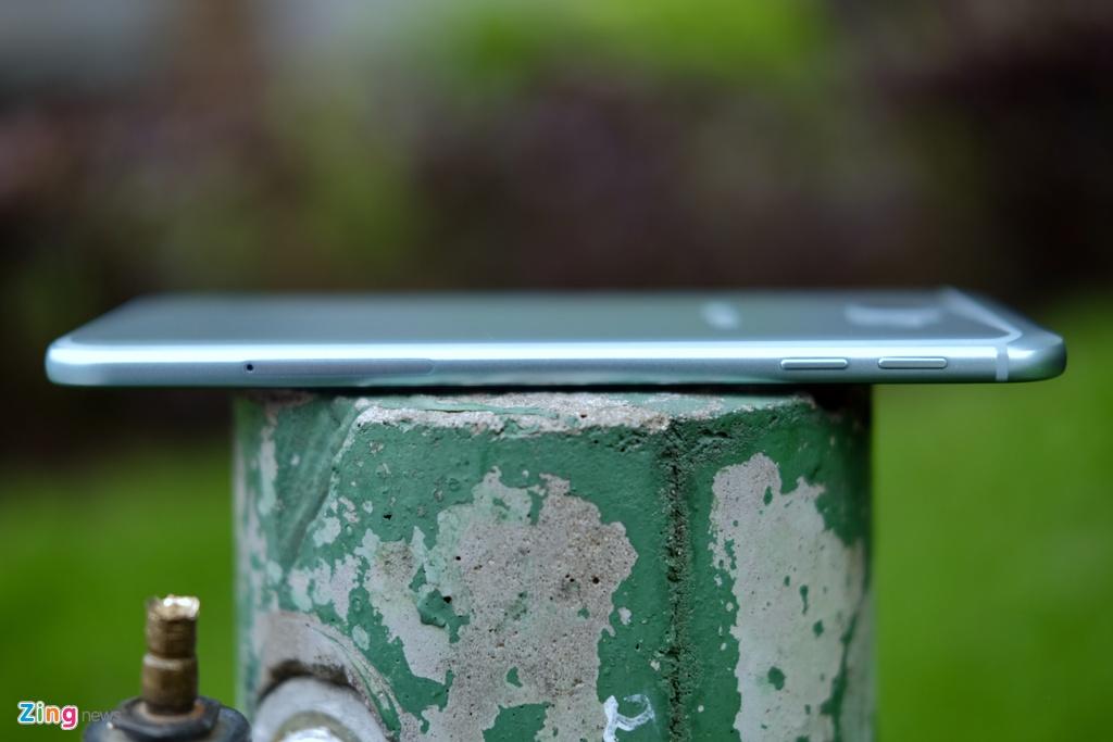 Galaxy A8 2016 xanh ngoc xach tay ve VN, gia 9 trieu dong hinh anh 5