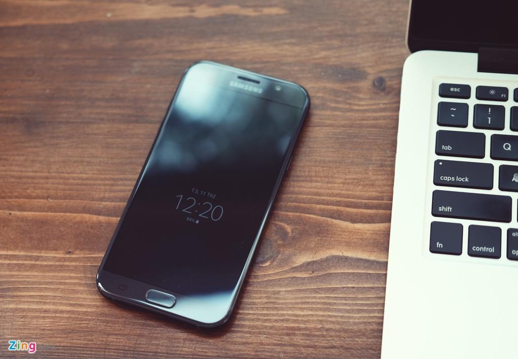 Samsung Galaxy A7: Bom tan gia mem hinh anh 2