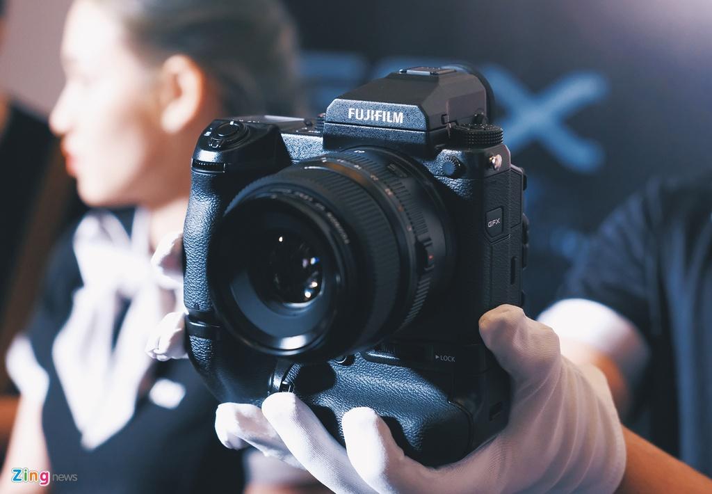 Fujifilm ra mat GFX 50S gia 150 trieu anh 1