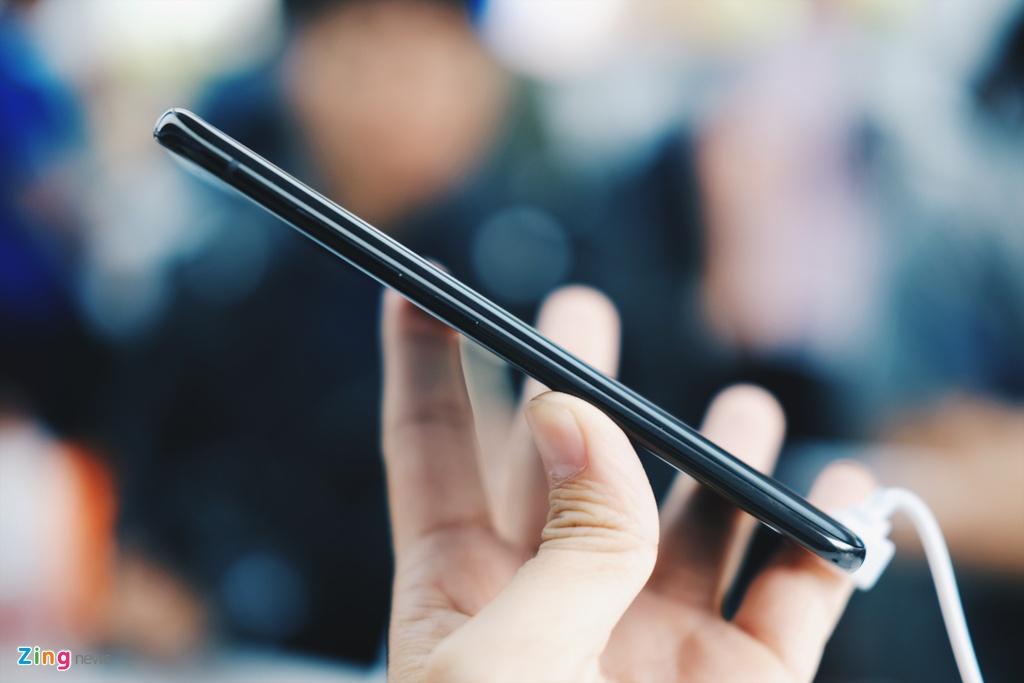 Xiaomi Mi 6 ra mat: Camera kep, manh hon iPhone 7 hinh anh 3