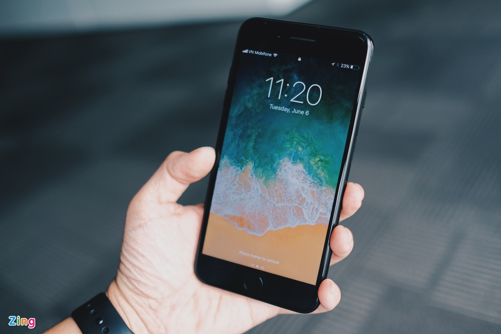 iOS 11 tren iPhone 7 Plus anh 1