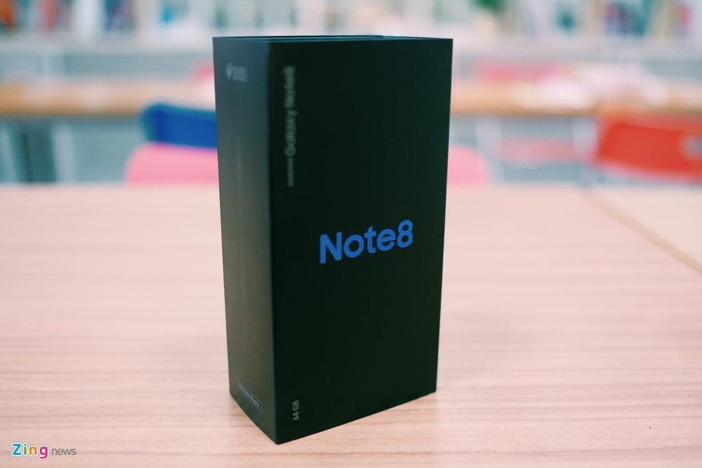 Mo hop Galaxy Note 8 sap len ke o Viet Nam hinh anh 1