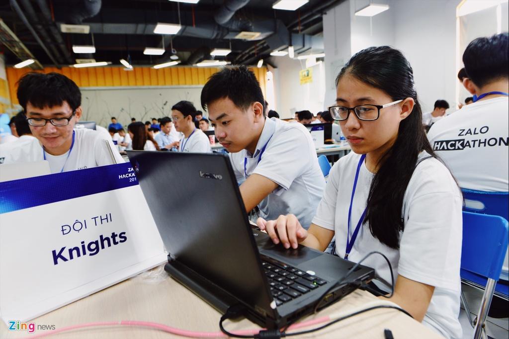 Chung ket Zalo Hackathon 2017 dang dien ra o Sai Gon hinh anh 7