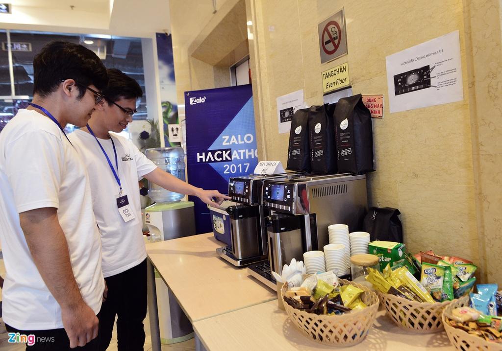 Chung ket Zalo Hackathon 2017 dang dien ra o Sai Gon hinh anh 14