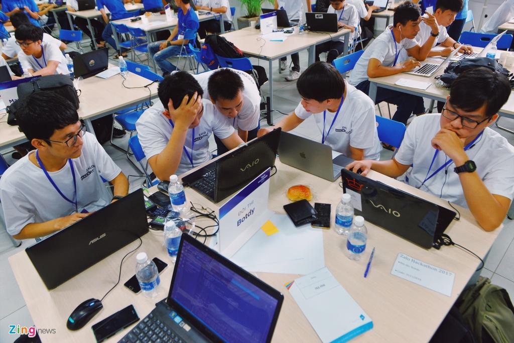 Chung ket Zalo Hackathon 2017 dang dien ra o Sai Gon hinh anh 4