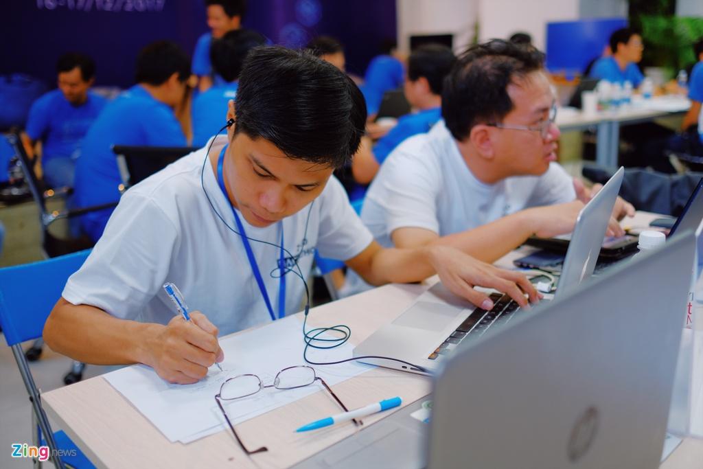 Chung ket Zalo Hackathon 2017 dang dien ra o Sai Gon hinh anh 10