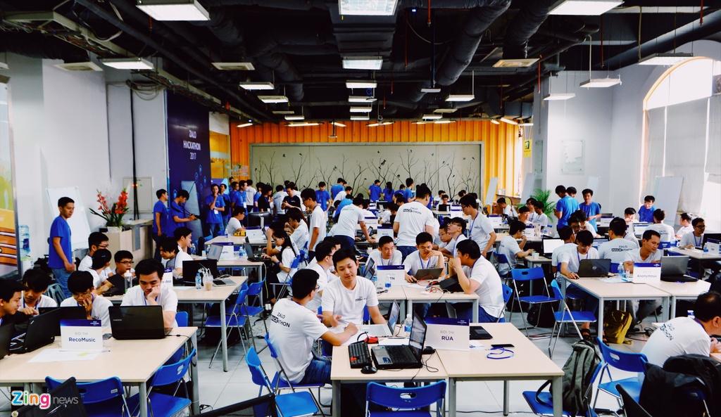 Chung ket Zalo Hackathon 2017 dang dien ra o Sai Gon hinh anh 3