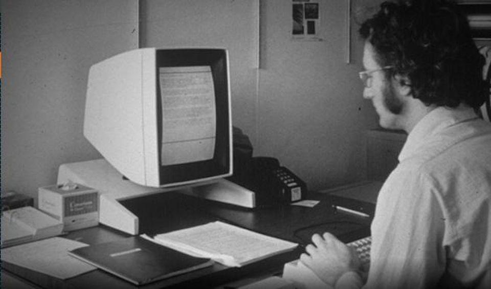 Can phong noi Steve Jobs tung den de hoc hoi y tuong hinh anh 1 Z11713042020_1.jpg