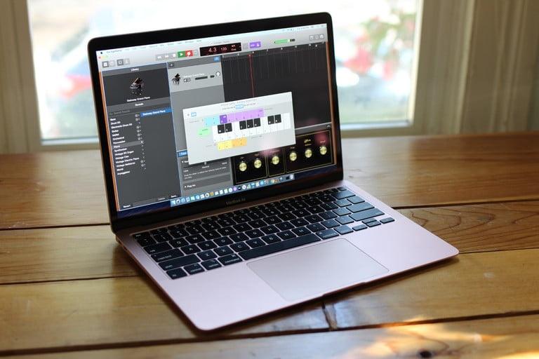 Chiec MacBook sap co trang bi chua tung co hinh anh 2 Z20026052020.jpg