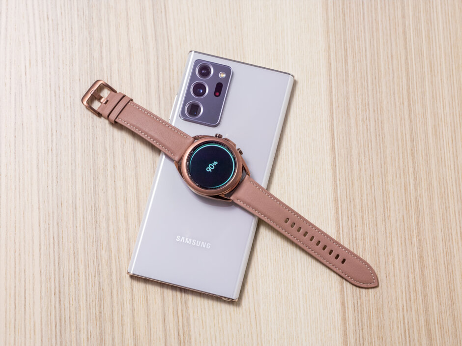 Can canh dong ho Samsung Galaxy Watch3 anh 10