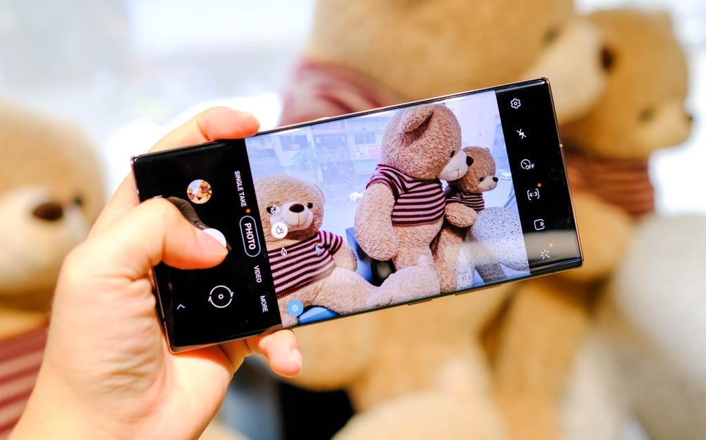 So sanh smartphone cao cap Samsung Galaxy Note20 Ultra voi S20 Ultra anh 4