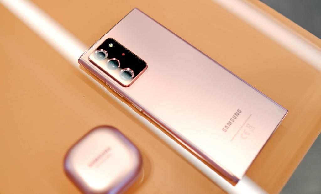 Nhung tinh nang tren Galaxy Note20 Ultra ma iPhone co the hoc hoi anh 1