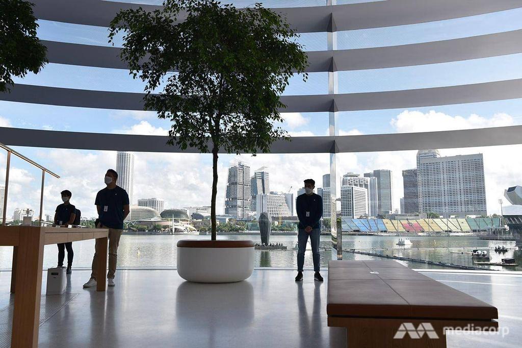Apple Store tai Marina Bay Sands Singapore anh 6