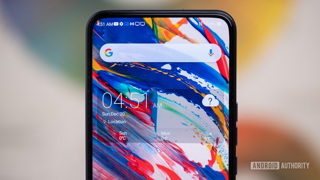 Can canh smartphone co camera duoi man hinh cua ZTE anh 10