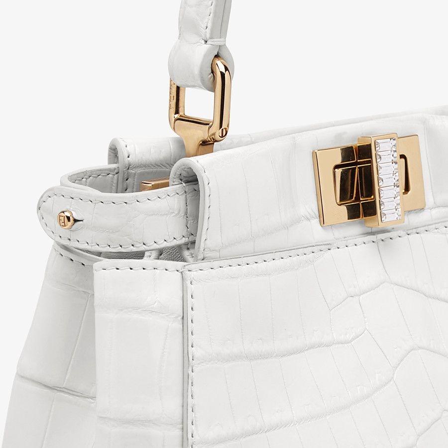 Tui Louis Vuitton 45.000 USD va loat thiet ke dat nhat hien nay hinh anh 5 Fendi_2.jpg