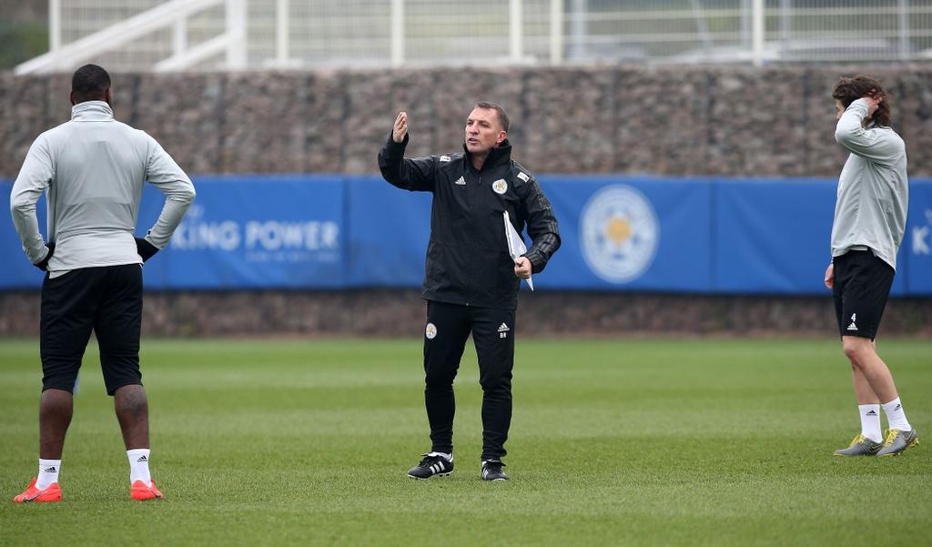 Cuu HLV Liverpool dang giup Leicester choi nhu doi bong lon hinh anh 1