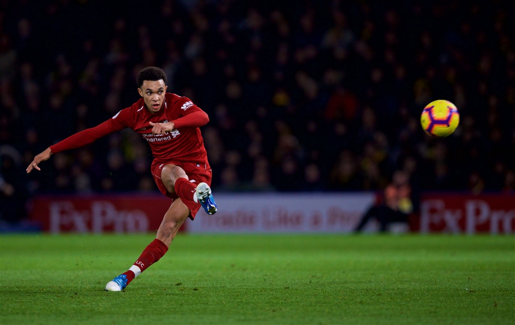 Man City co noi lo hang thu truoc tran gap Liverpool hinh anh 4