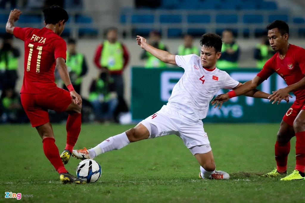 HLV Park chon Trong Hoang hay Tan Tai cho canh phai hinh anh 4